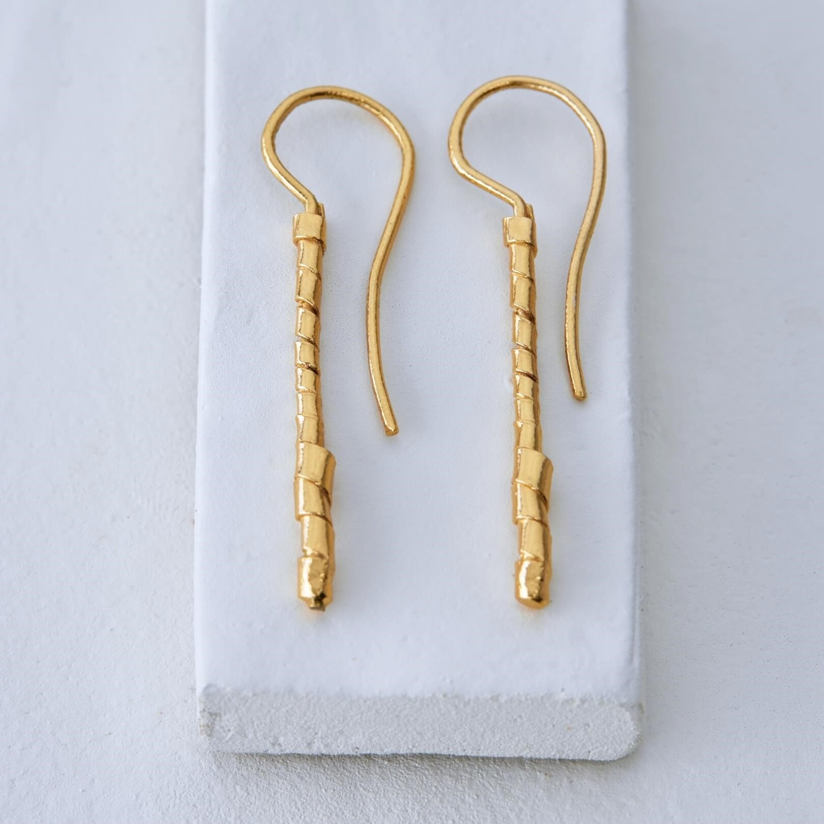 DELICACY M | WRAPPED DANGLE EARRINGS | MEDIUM